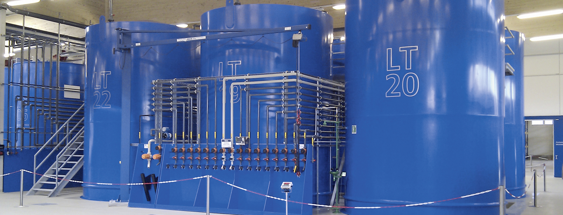 Tylko na zewnątrz Zbiorniki cylindryczne XW29